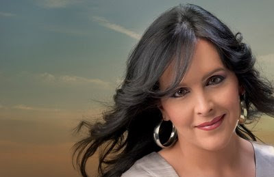 La tonadillera Rocío Cortés participa en la gala.