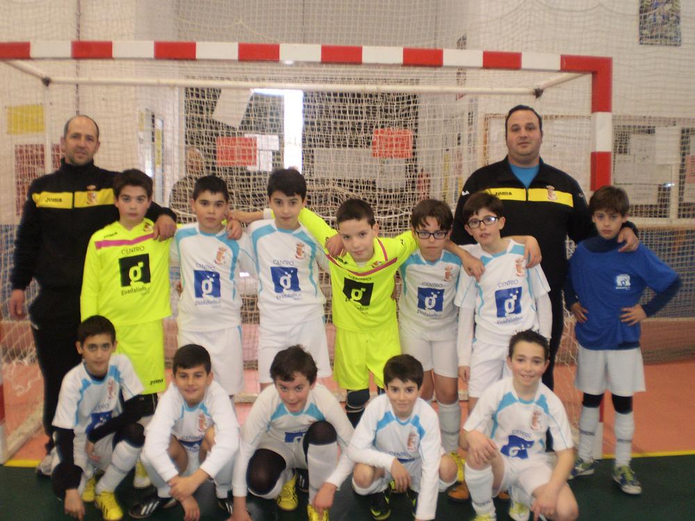 El equipo alevín del centro Guadalinfo de Ibros.