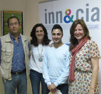 El equipo de 'Cultura Emprendedora' en el #Innycia13 de Cádiz.