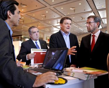 José Luis Verdegay, Juan Francisco Delgado y Manuel Gracia Navarro, en Spark2013.