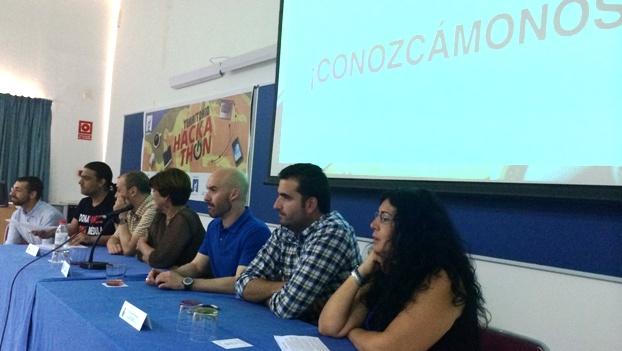 Expertos de la diputación de Cádiz, La universidad de Cádiz, la red Guadalinfo , colectivos sociales gaditanos o profesionales del sector tecnológico planteando sus retos a los participantes.