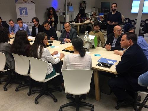 Presentación ante inversores de los proyectos participantes en la primera edición de Guadalinfo Impulsa