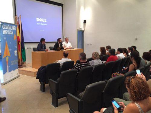 ( De izda a dcha) Alvaro Simón, director de BIC Euronova; Mariano Ruiz, delegado territorial de Economia, Innovación, Ciencia y Empleo en Málaga e Ismael Perea, (Dtor Gral CFR) dieron la bienvenida a los participantes en II Guadalinfo Impulsa