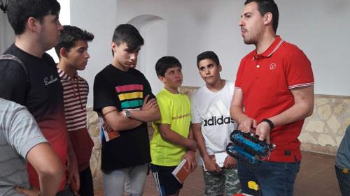 """Guadalinfo lleva la programación, la robótica e impresión 3D a las """"Jornadas de Desarrollo Juvenil"""" de Trigueros (Huelva)"""
