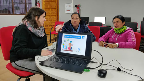 Guadalinfo programa en 2019 cerca de 1.000 actividades sobre compras y ventas seguras on line