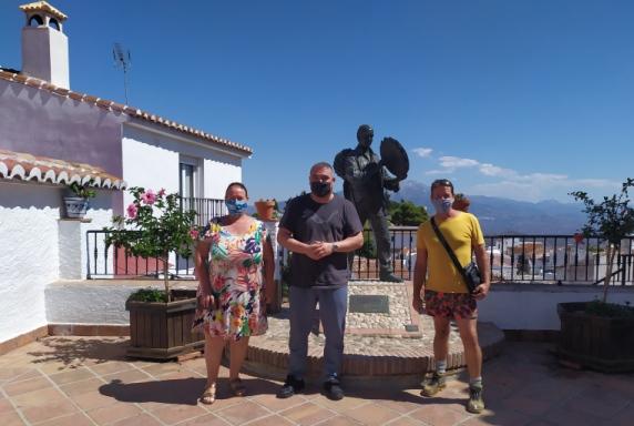 Usuarios de Guadalinfo Comares (Málaga) digitalizan sus negocios y promocionan la comarca vía podcast